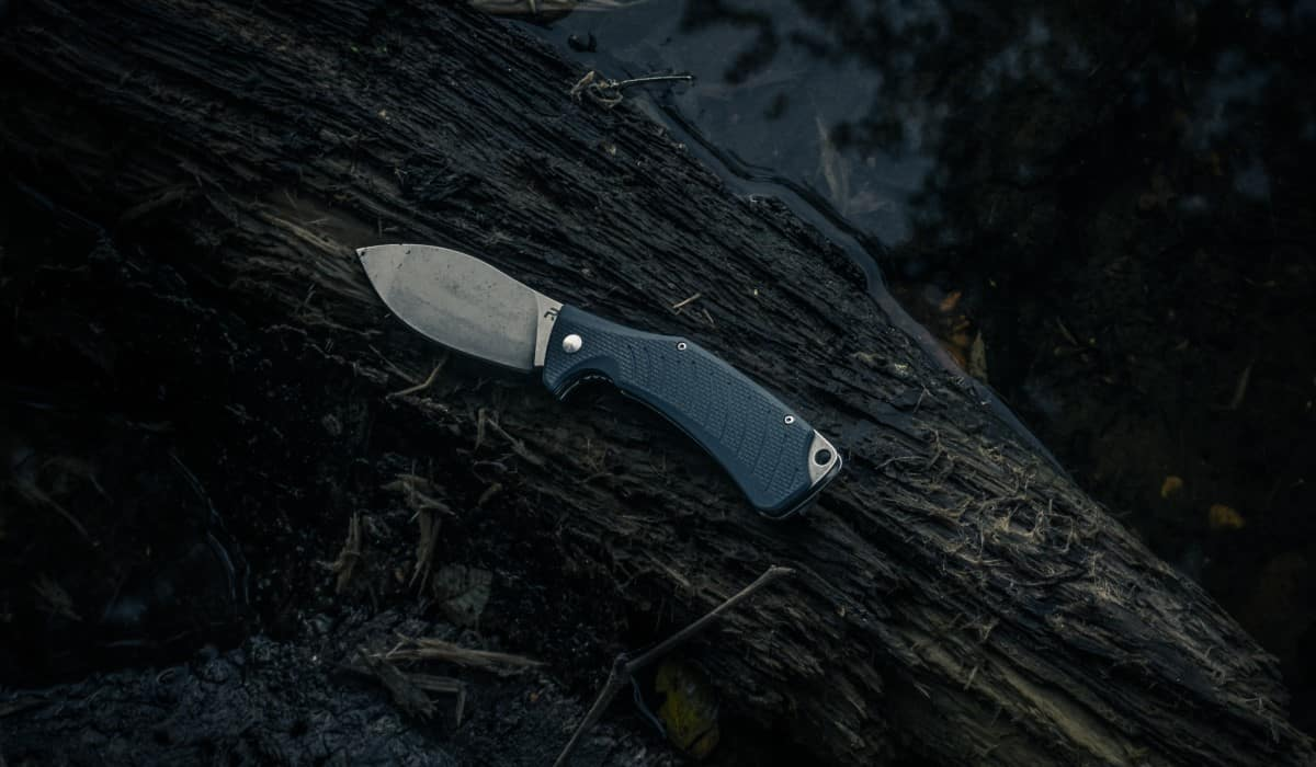 compact survival knife